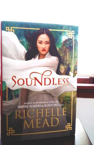 [Review] Soundless by Richelle Mead