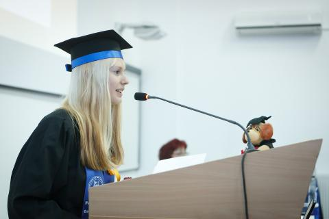 How to Craft An Outstanding Commencement Speech