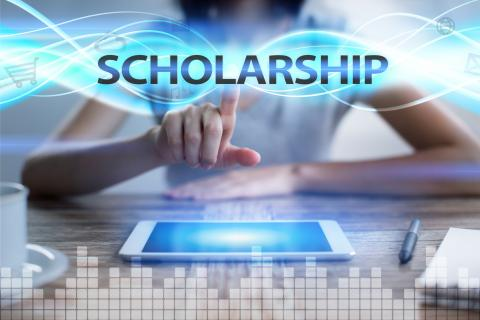 How an Honor Society Can Help You Get Business Major Scholarships