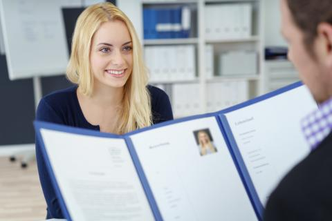 Curriculum Vitae vs. Resume: What's The Big Difference?